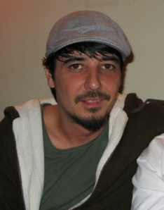 Amon Tobin Looks Like A Nice Guy.